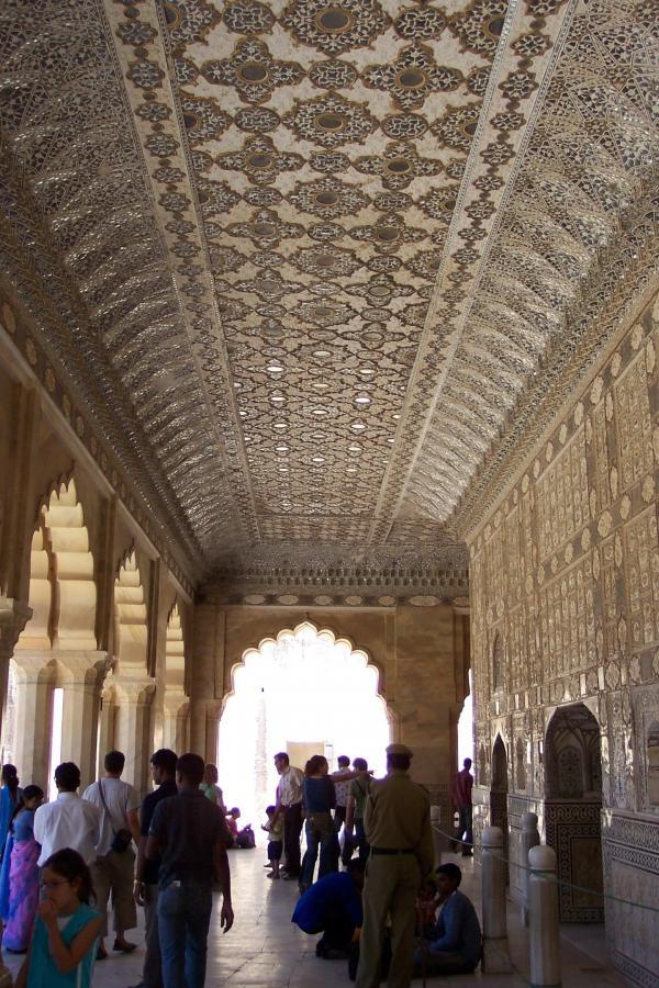Sheesh Mahal In Agra Reviews Veethi Travel