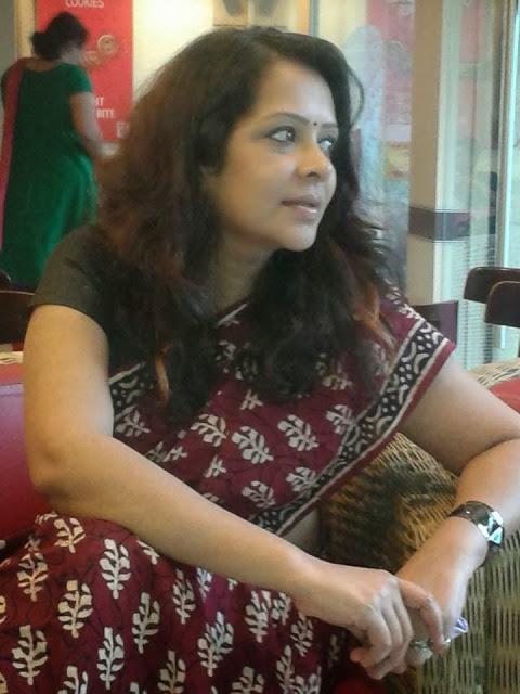 Actress Devi Ajith Saree Image | Veethi