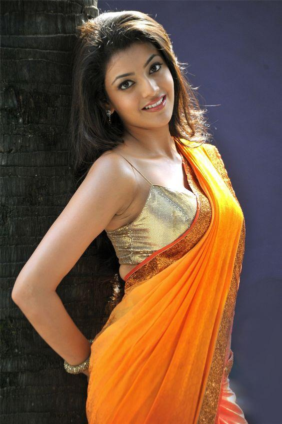 Kajal Aggarwal Dazzling Sexy in Saree Images
