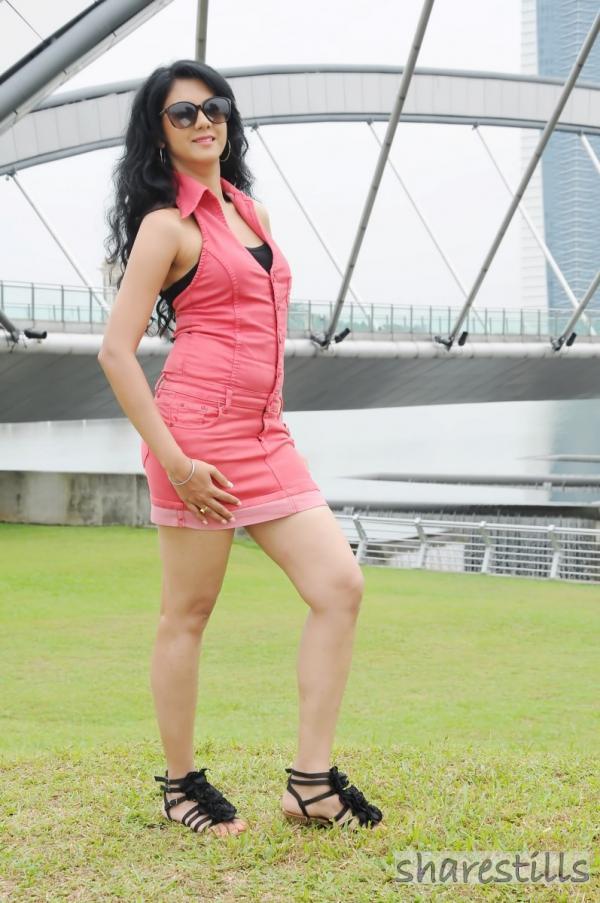 Kamna Jethmalani Sexy Stills | Veethi