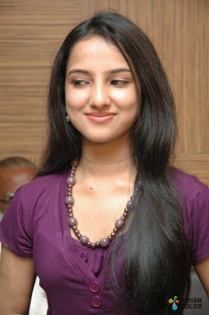 Leema Actress hot photo shoot stills   Veethi