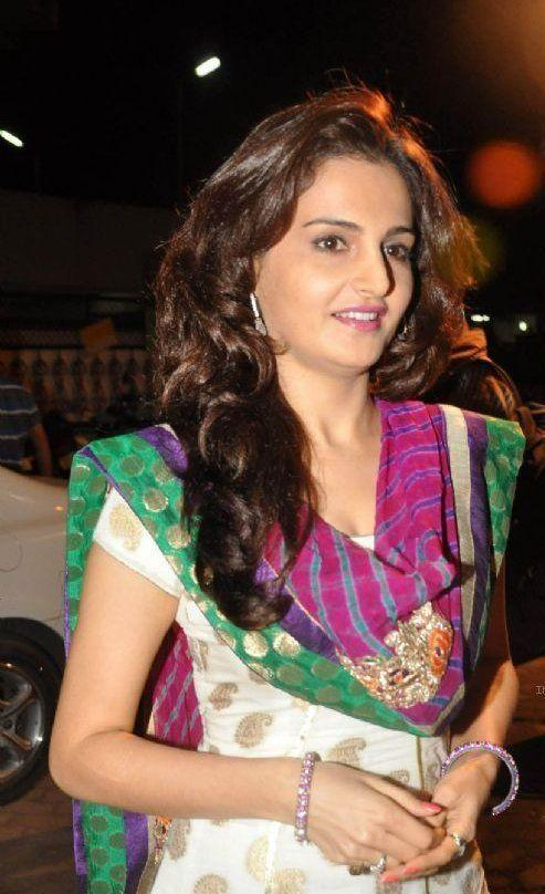 Monica Bedi Hot and Sexy in Salwar | Veethi