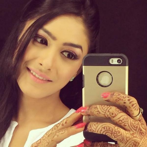 Hindi TV Serial Actress Mrinal Thakur