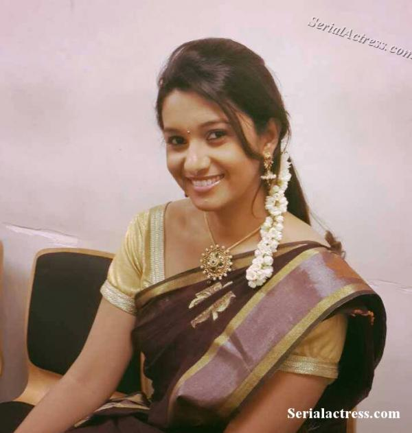 Actress Priya Bhavani Shankar Latest Photo Stills: TV Anchor Priya Bhavani Photo