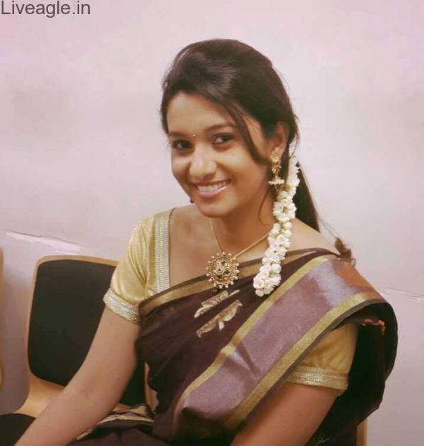 Priya Bhavani Shankar Tamil: Priya Bhavani Shankar Hot In Salwar