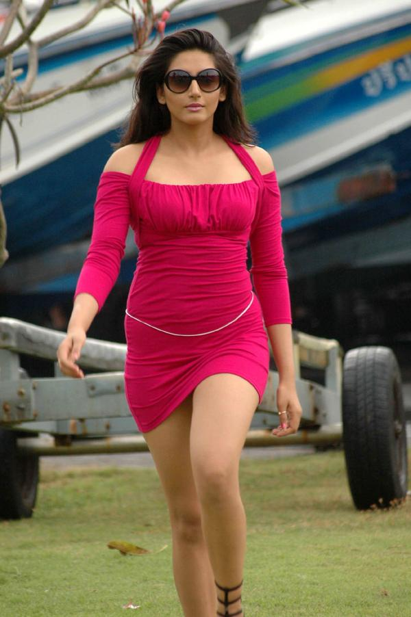 ragini dwivedi hot and sexy in red dress veethi