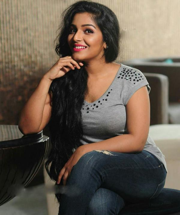 Malayalam Hot Actress Rajisha Vijayan