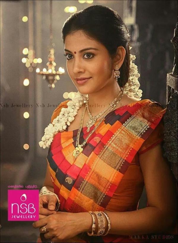 Actress Shivada Nair Images In Aruvi Tamil Movie Veethi