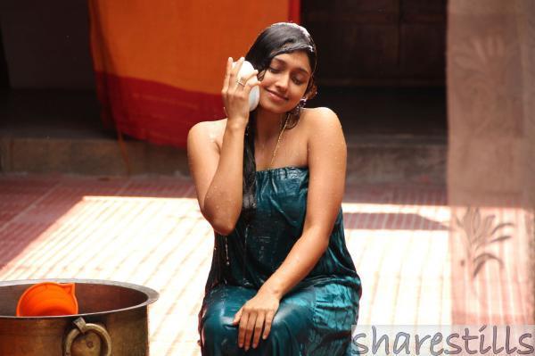 Sija Rose Hot Pics | Veethi