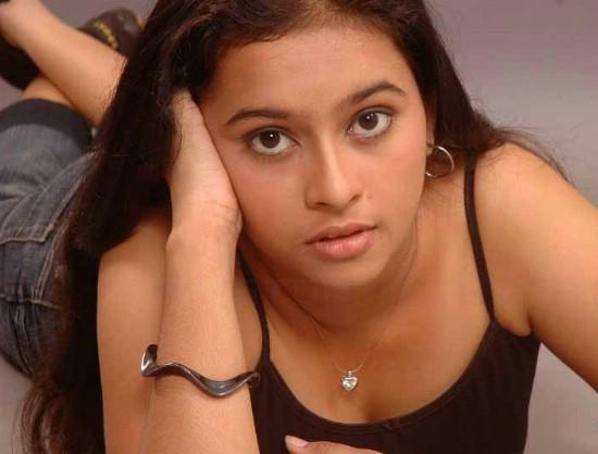 Kalaranjini In Hot Sri Divya New Hot Phot...