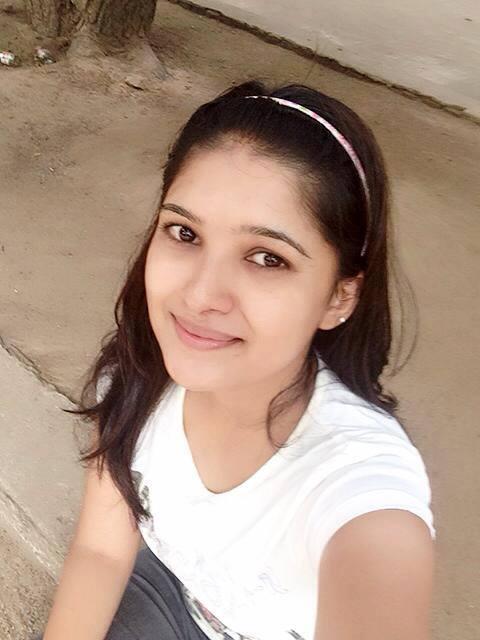 Vani Bhojan Profile Stylish Sathya | Veeth...