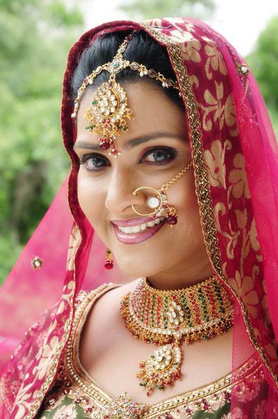 Doctor Of Business Administration >> Vani Viswanath Hot in Saree | Veethi