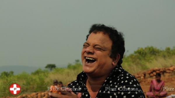 Tamil Actor Vasu Vikram | Veethi