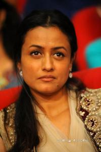 namrata shirodkar parents