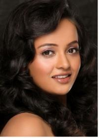 Tanu Roy - Profile, Biography and Life History | Veethi