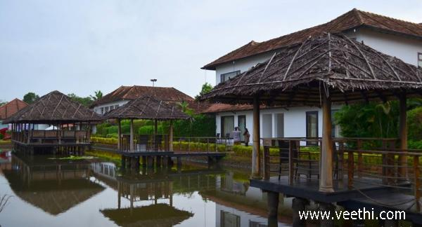 long-view-of-citrus-resort-in-alappuzha