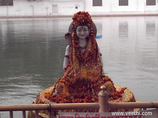 statue-of-lord-siva-at-amritsar