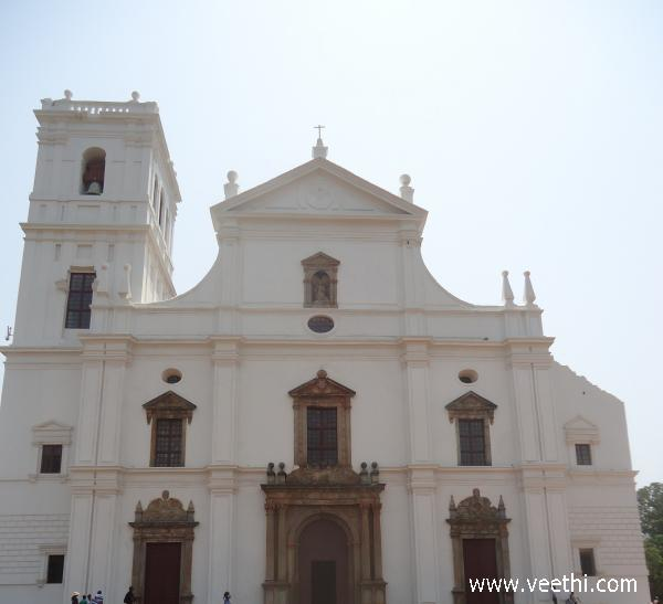 front-view-of-church-at-old-goa
