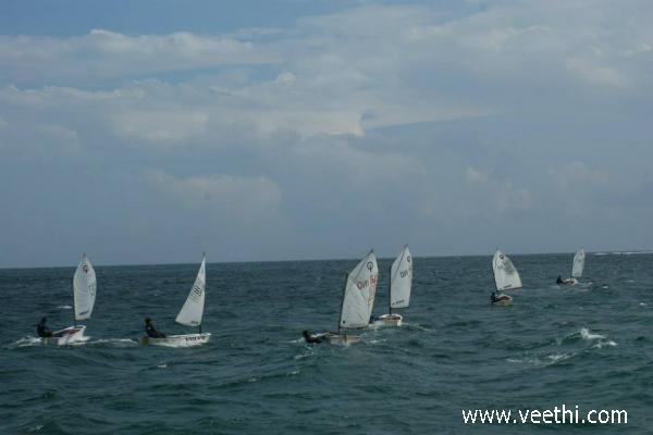 boat-race-at-goa