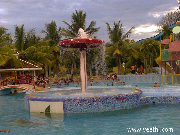 Swimming pool pragati resort hyderabad veethi for Resorts with private swimming pool in hyderabad