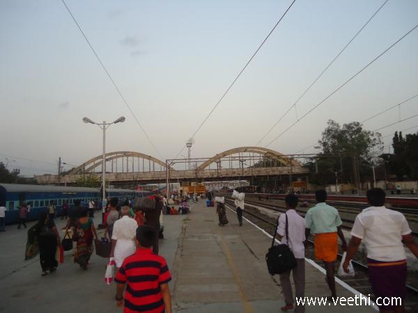 Katpadi Photos: Gallery of Katpadi Pictures and Images