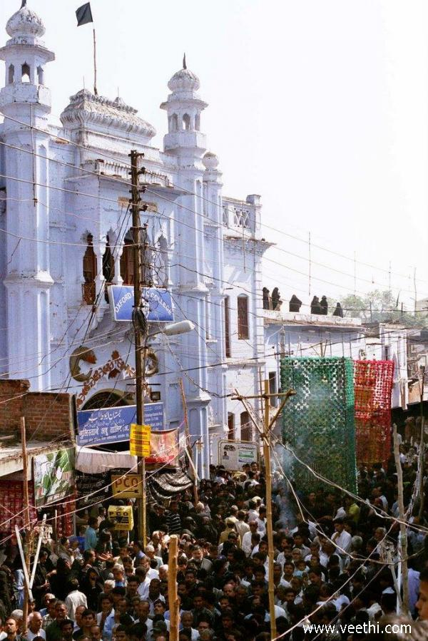 muharram-procession-in-lucknow