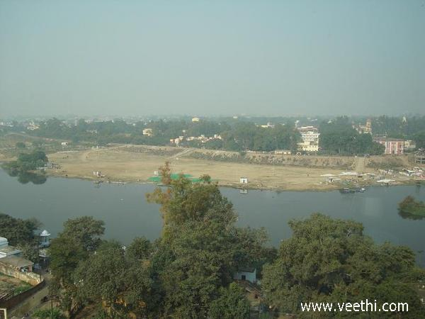 view-of-river-gomti-at-lucknow