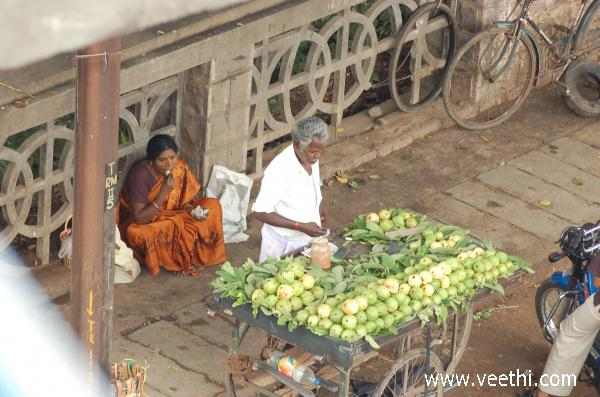 fruit-vendor-in-madurai