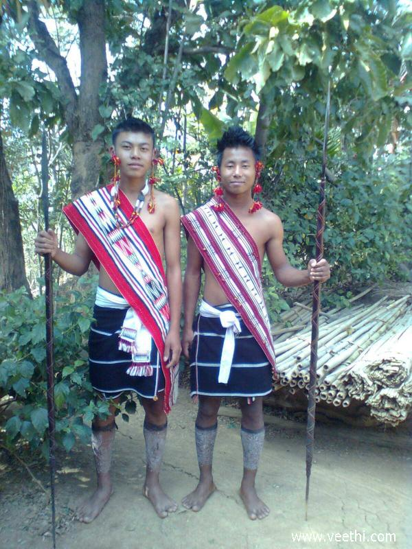cultural-dress-of-assam