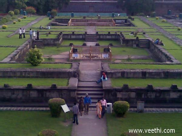 shaniwar-wada--evening