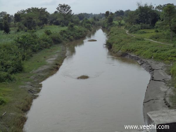 beautiful-watercourse-at-sahebganj-derwa